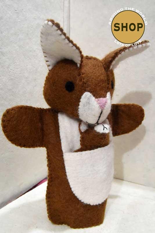 Handgemaakt vilt handpop bruin konijn 5396 Speelgoed, dieren. Shop Around the World